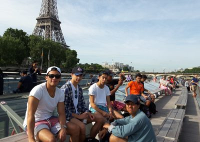 International School Group Travel France Eiffel Tower Seine Bout Cruose